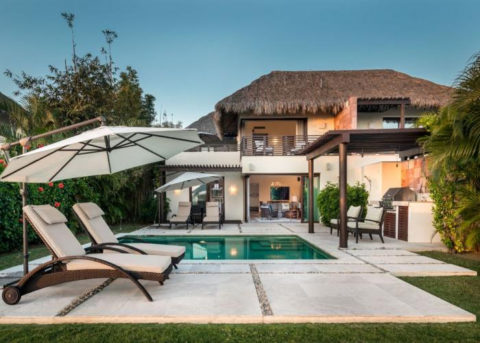 How does a 3800 SF villa (indoor/outdoor living space), private pool, private BBQ area, sun-deck, magnificent views of the Bay of Banderas and Pacific Ocean, all surrounded by one of the best world class destination resorts in the world sound? That is exactly what you can get when you rent our Porta Fortuna Villa, known as Zen Casita. Porta...